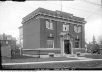 Historic photo from Tuesday, November 22, 1921 - Bank of Montreal building at 2444 Yonge Street, at Roselawn Avenue in North Toronto