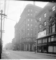 Historic photo from 1919 - King Edward Hotel with glass canopy - before tower was added in St. Lawrence