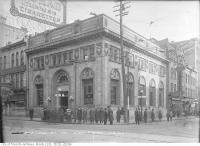 Historic photo from Tuesday, December 30, 1913 - Bank of Montreal, northeast corner of Queen and Yonge streets in Garden District
