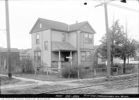 Historic photo from Tuesday, November 22, 1921 - House on the northwest corner of Yonge Street at Craighurst Avenue in Lytton Park