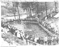 Historic photo from 1913 - Crowds around the High Park mineral baths just north of Bloor St in High Park