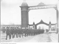 Historic photo from 1914 - Troops leaving CNE WWI camp through Dufferin Gates in CNE