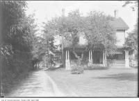 Historic photo from 1916 - Montgomery homestead, Montgomery Avenue, North Toronto in North Toronto
