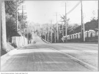 Historic photo from 1910 - Avenue Road Hill, looking south to Queens Park in South Hill