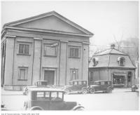 Historic photo from 1930 - Mosher's on Bay Street south of Bloor in Yorkville
