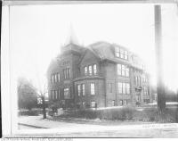 Historic photo from 1920 - Rosedale Public School in Rosedale