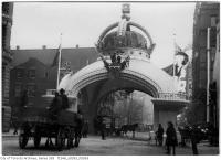 Historic photo from 1901 - Close up of the IOF Arch - Duke of York at Toronto in City Hall