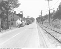 Historic photo from 1936 - Jolly Miller Hotel - Yonge Street, York Mills, North York Twp. : Looking south to TTC North Yonge Railways Stop 1A at Mill Street at York Mills Station in Hoggs Hollow