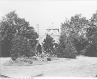 Historic photo from 1910 - Arches in building in Mount Pleasant Cemetery in Mount Pleasant Cemetery