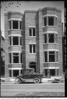 Historic photo from Thursday, May 14, 1925 - 1502 King Street West being built in Wellington Place