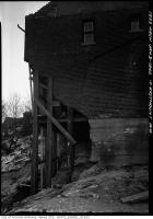 Historic photo from Wednesday, January 3, 1940 - House propped up after landslide into Don River ravine - 10 Eastmount Avenue in Playter Estates