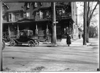Historic photo from Monday, October 30, 1916 - Waiting to cross the street at Wilton and Jarvis in Garden District