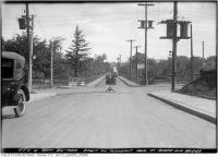 Historic photo from Wednesday, September 20, 1922 - East on Pleasant Boulevard at Avoca and Bridge in Moore Park