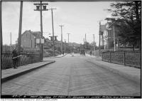 Historic photo from Wednesday, September 20, 1922 - Intersection of Avoca and Pleasant Blvd west from Avoca Bridge (railings still on Avoca today) in Moore Park